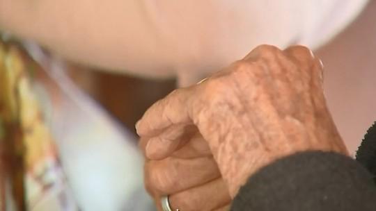 Adolescente é apreendido após agredir idoso em Maceió; agressor foi contido por enfermeiros