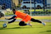 Análise de pênaltis, correção de erros: goleiro Thiago Rodrigues comenta a importância do scout