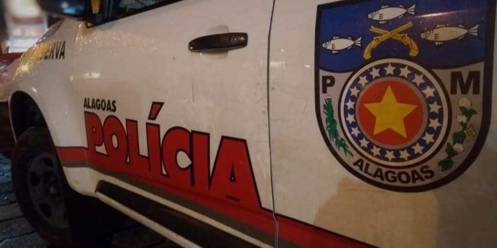 Homem é baleado na casa de amigo na cidade de Taquarana, AL