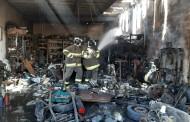 Incêndio atinge oficina na Av. Gustavo Paiva, em Maceió