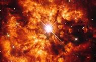 Estrelas 'bailarinas' têm encontro explosivo marcado em sistema raro