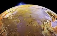 Vulcões ativos alimentam a atmosfera de Io, lua de Júpiter