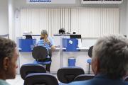 TRF-4 manda INSS aposentar por invalidez cozinheira com hérnia de disco