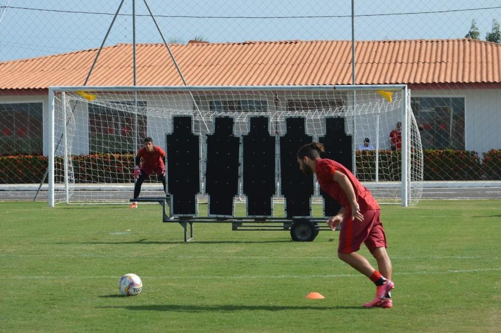Diego Torres diz que Ramon mudou o esquema do CRB: