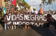 Manifestação contra o racismo foi realizada em Maceió