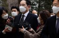 Herdeiro da Samsung é condenado a dois anos e meio de prisão