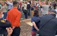 Acusações contra diácono preso por cantar ao ar livre são retiradas