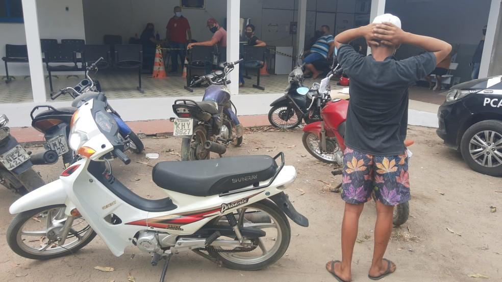 Adolescente é apreendido suspeito de furtar motos em Arapiraca, AL