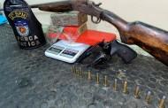 Polícia prende homem com espingarda e 1,5 kg de maconha no Benedito Bentes, em Maceió