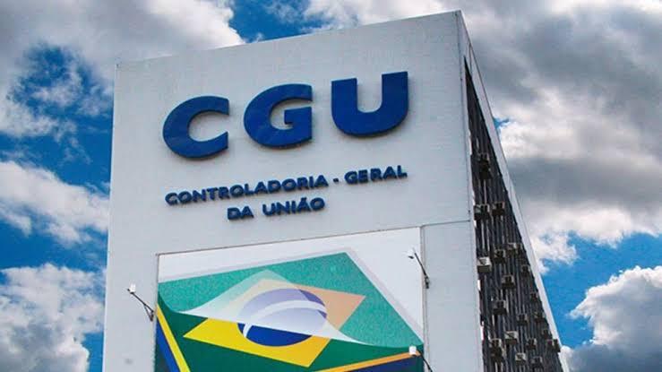 Urgente: CGU vai investigar 'supernotificações' de mortes por Covid-19