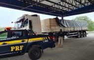 Caminhoneiro é flagrado transportando carga irregular de madeira em Canapi, AL