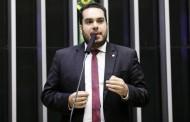 'Palhaçada', diz Paulo Martins sobre ataque de Renan Calheiros à imprensa