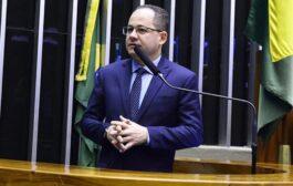 """""""Mendonça tem voto no Senado para STF"""", diz Cezinha de Madureira"""