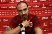 Técnico do CRB segue otimista em relação ao acesso, revela conversa com Marthã e explica substituição de Diego Torres
